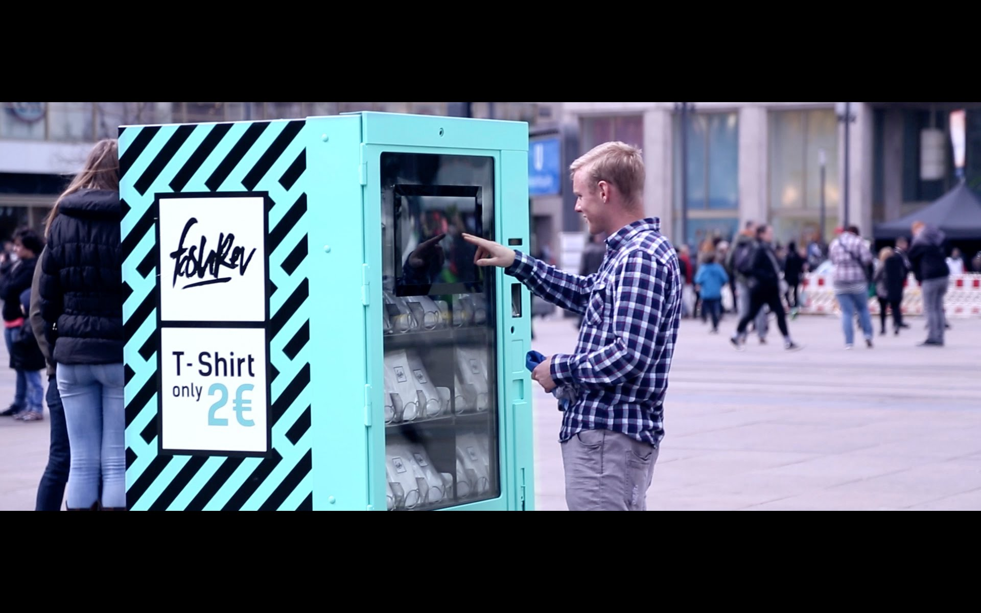 The-2-Euro-T-Shirt-A-Social-Experiment
